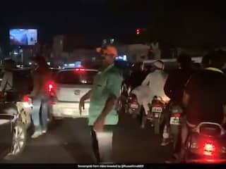 """Nowhere To Go"": Former Sri Lanka Cricketer, Stuck In Pune Traffic, Tweets Video"