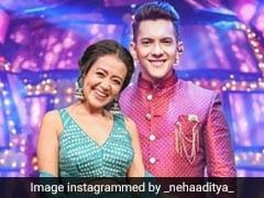 नेहा कक्कड़ और आदित्य नारायण ने पहनाई एक-दूसरे को वरमाला, शादी का Video हुआ वायरल