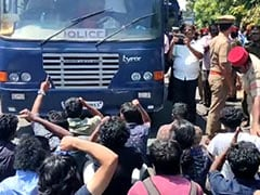 Pondicherry University Removes Students Protesting Against Fee Hike