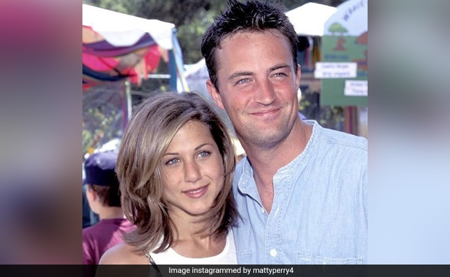'Only One Jennifer Aniston': Birthday Wishes From Matthew Perry, Courteney Cox, Lisa Kudrow And Ex Justin Theroux