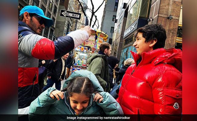 "Namrata Shirodkar Posts A Pic Of Mahesh Babu Goofing Around With Kids Gautham And Sitara: ""Three Of A Kind"" thumbnail"