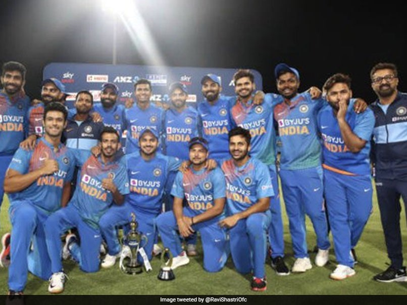 Cricket Fraternity Hails India's Historic T20I Clean Sweep Against New Zealand