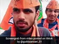 TikTok Viral Video: BJP की टोपी पहनकर बोला लड़का- '300 रुपये के लिए आया हूं, वोट आप को ही दूंगा...'