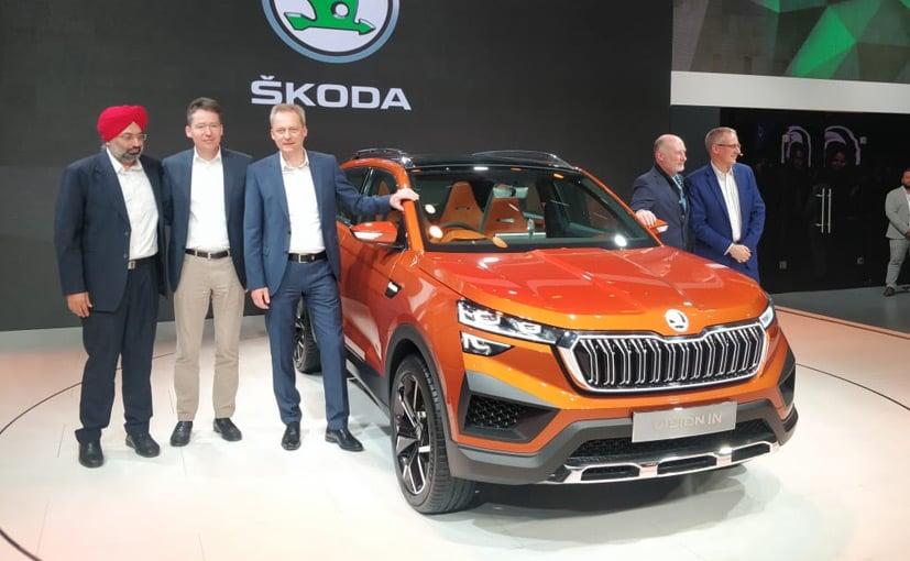 Gurpratap Boparai, MD- Skoda Auto Volkswagen India with Skoda management at Auto Expo 2020.