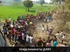 मध्यप्रदेश में गांव वालों ने बच्चा चोर समझकर 6 लोगों को पीटा, एक की मौत