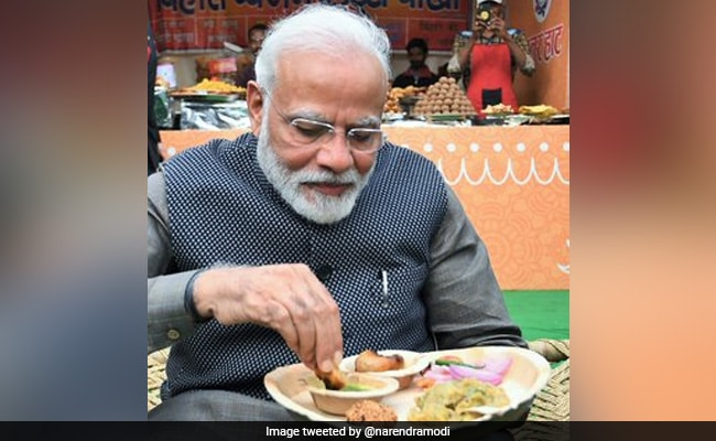 PM Modi Tries Litti Chokha At India Gate: 6 Things You Should Know About The Bihari Delicacy