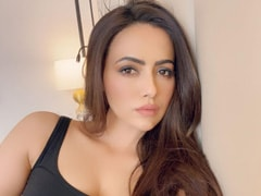 Sana Khan 'Dealing With Depression' After Break-Up With Melvin Louis, Says 'He's A Compulsive Cheater'