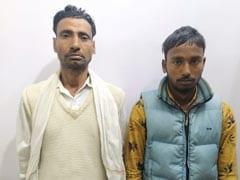 दिल्ली में 21 पिस्तौल और 50 कारतूस के साथ दो लोग गिरफ्तार