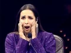 कोहनियों पर डांस करने लगा ये कंटेस्टेंट, तो मलाइका अरोड़ा की निकल गई चीख... देखें Video