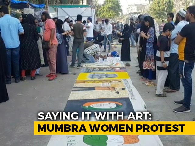 Video : Artists Who Painted At Delhi's Shaheen Bagh Join Protest Near Mumbai