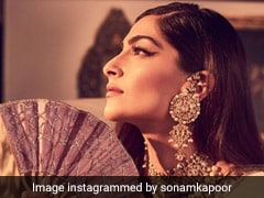 Sonam Kapoor Dons Chef Cap, Makes Vegan Tomato Soup And Garlic Bread Over The Weekend