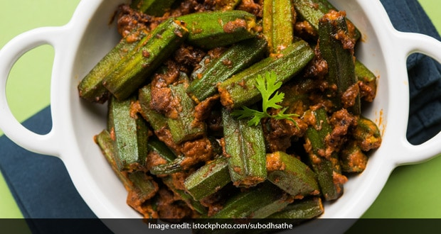 Watch: This Quick And Easy Bhindi Kali Mirch Can Be Your Ultimate Lunch Option
