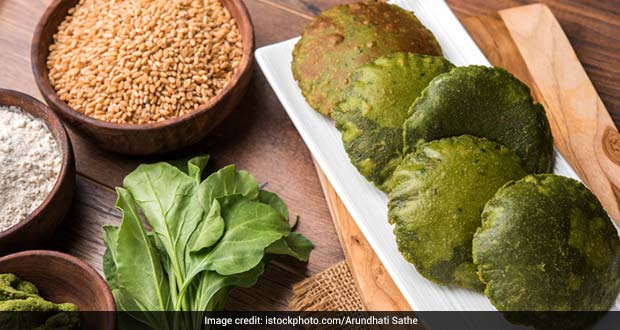 Move Over, Palak Paneer: 5 Desi Palak Recipes To Make The Most Of This Winter Green