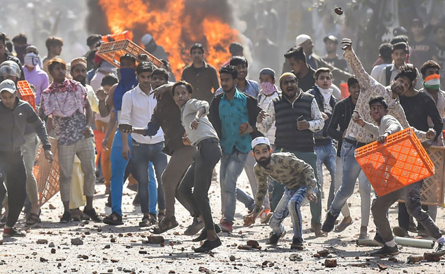 आज दिल्ली लुभा नहीं रही, डरा रही है - जाफराबाद-मौजपुर की आंखों देखी कहानी, रिपोर्टर की ज़ुबानी