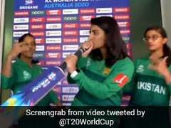पाक महिला क्रिकेटर ने हाथ में बल्ला लेकर किया ऐसा, लोग बोले- 'आग लगा दी...' देखें Viral Video