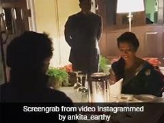 मिलिंद सोमन पत्नी अंकिता संग रोमांटिक कैंडल लाइट डिनर करते आए नजर, देखें यह Video
