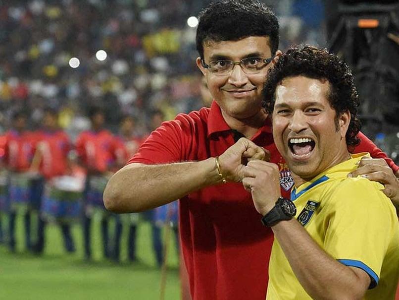 """""""Kismat Acha Hai"""": Sourav Gangulys Hilarious Take On Sachin Tendulkars Instagram Post Leaves Fans In Splits"""