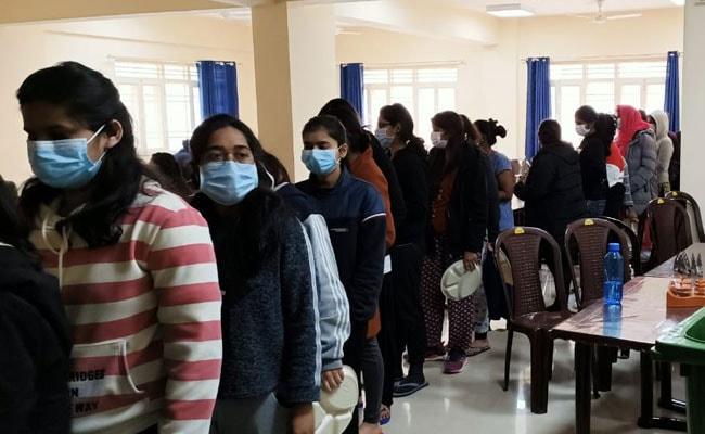 ৪০৬ জনের উপসর্গ নেগেটিভ! Coronavirus সতর্কতায় মানেসারে থাকা ভারতীয়দের বাড়ি ফেরাবে কেন্দ্র