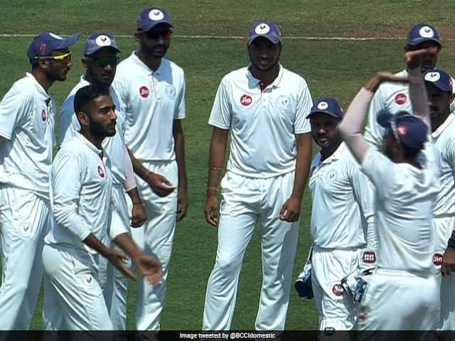 Ranji Trophy: Gujarat Through To Semis, Saurashtra Get Close
