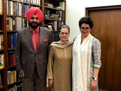 """Got Patient Hearing"": Navjot Sidhu, MIA For Months, Meets Sonia Gandhi"