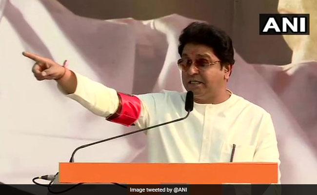 राज ठाकरे ने महाराष्ट्र में बढ़ते कोरोना के कहर के लिए प्रवासी मजदूरों को ठहराया जिम्मेदार...