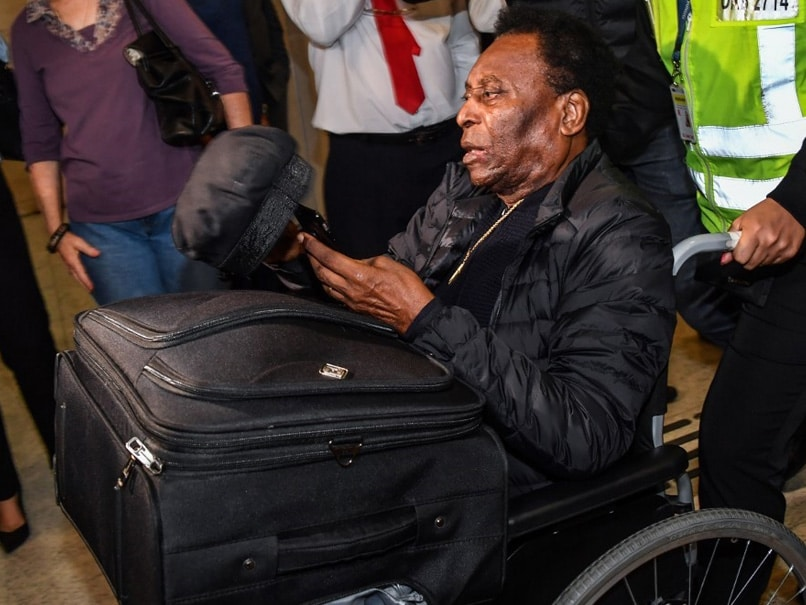 Pele insists 'I'm fine' amid concerns over his health