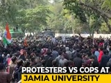 Video : Jamia Protesters Clash With Cops As March To Parliament Halted