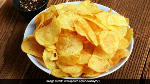 How To Make Potato Chips At Home In Just A Few Minutes? Answer Is Here