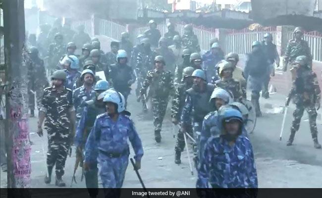 Delhi Violence: পর্যাপ্ত বাহিনী না থাকার অভিযোগ ওড়ালেন দিল্লির শীর্ষ পুলিশ আধিকারিক