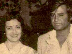 On Rajinikanth And Latha's 39th Wedding Anniversary, A Rare Throwback Pic Shared By Daughter Soundarya