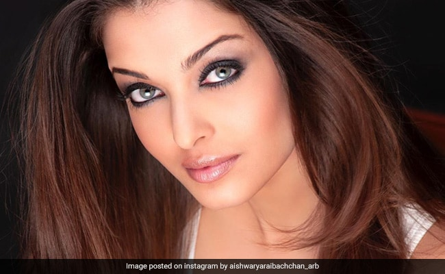Dabboo Ratnani's 2020 Calendar: We Dare You To Look Away From Aishwarya Rai Bachchan