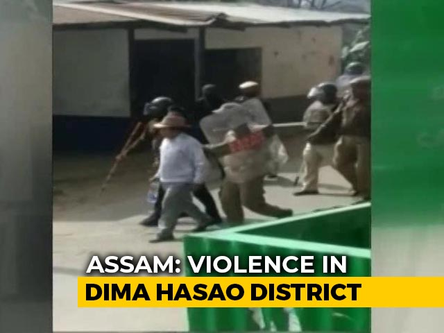Video : Amid Indefinite Shutdown In Assam District, 5 Injured In Clashes