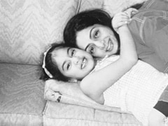 """Miss You Every Day,"" Writes Janhvi Kapoor On Mom Sridevi's Death Anniversary"