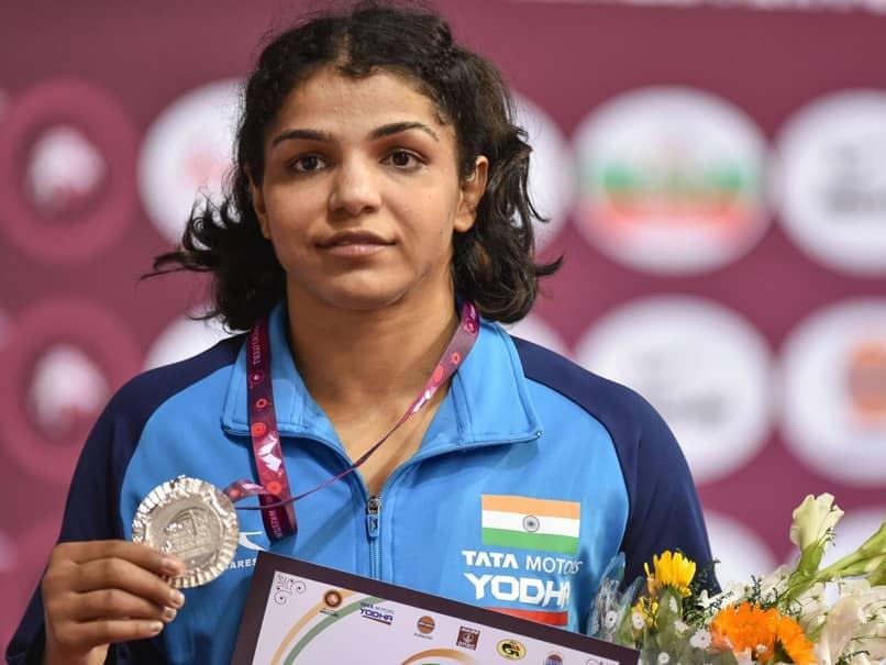 Asian Wrestling Championship: Silver For Sakshi Malik, Vinesh Phogat Gets Bronze