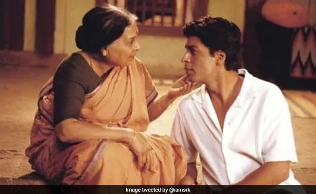 'She Used To Reprimand Me For Smoking': Shah Rukh Khan Remembers Swades Co-Star Kishori Ballal