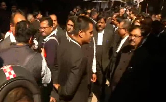 Breaking News: Explosion At Lucknow Court, 2 Lawyers Injured, 3 Bombs Recovered: Report