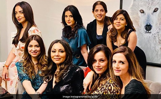"""Nothing To See Here, Just Pics Of Sussanne, Gauri Khan And Their """"Wolf Pack"""""""