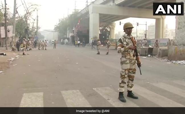 दिल्ली में स्वतंत्रता दिवस के मद्देनजर कड़ी सुरक्षा, ड्रोन उड़ाने पर पाबंदी लगाई गई