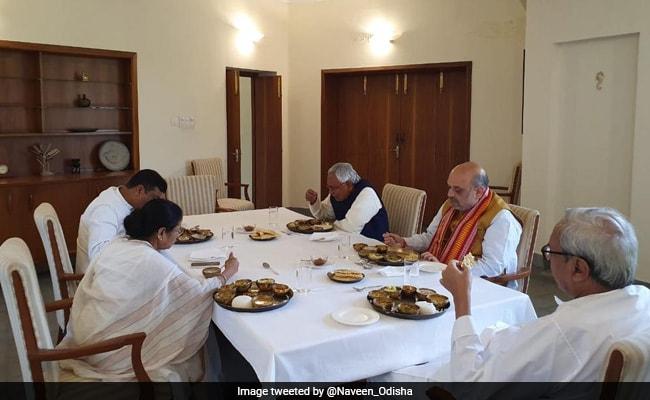 Amit Shah, Mamata Banerjee Face-To-Face At Naveen Patnaik's Dining Table