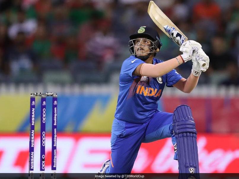 Ind vs Nz Women's T20I WC Match: जीत के बाद कप्तान हरमनप्रीत कौर ने शैफाली वर्मा की यूं की तारीफ..