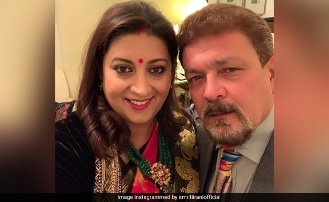 Smriti Irani Cooks Egg Fried Rice For Husband. See Her Pic-By-Pic Guide