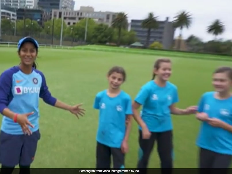 "Jemimah Rodrigues Teaches ""Bollywood Dance Step"" To Youngsters In Australia. Watch thumbnail"
