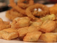 Indian Cooking Tips: This Roasted Kaju Namak Pare Can Be A Delicious Addition To Your Snacks Menu