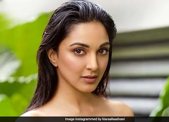 Watch: Kiara Advani Celebrated Her Birthday With Plenty Of Balloons And Special Cake