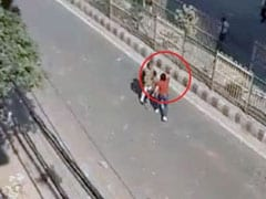 """Tried To Scare Him With Lathi"": Cop Who Faced Gunman In Delhi Violence"