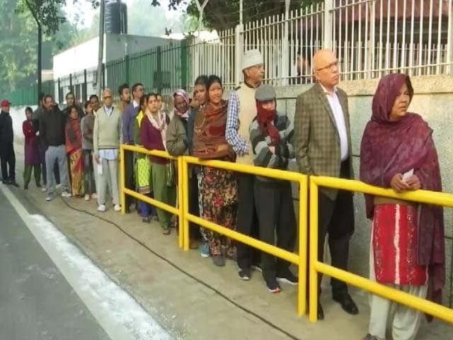 Video : Voting Ends In Delhi, Turnout Picks Up After Slow Start