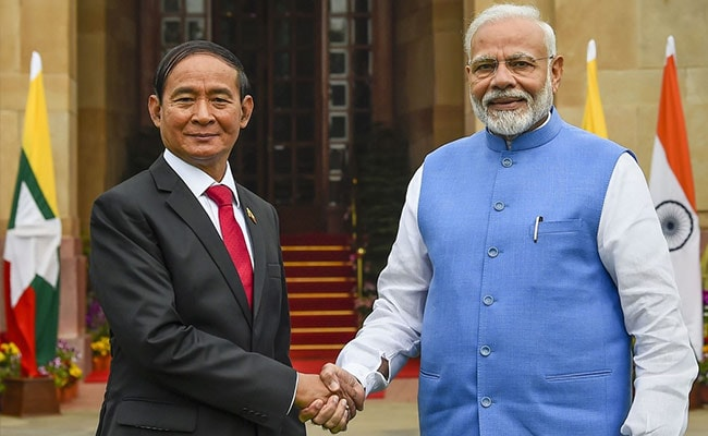 India Signs 10 Agreements With Myanmar