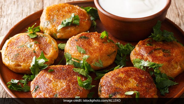 7 Indian Tikki Recipes You Must Try At Home If You Are Bored Of Street-Style Aloo Tikki thumbnail