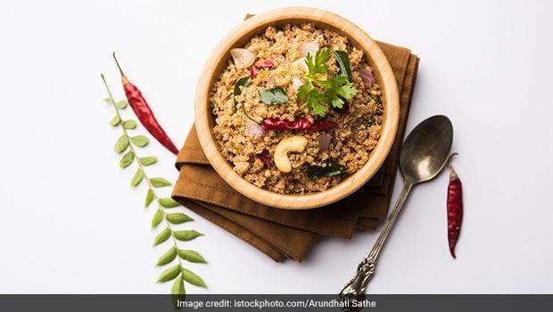 Breakfast Recipe: Bored With Upma? Try This Namkeen Sooji Instead