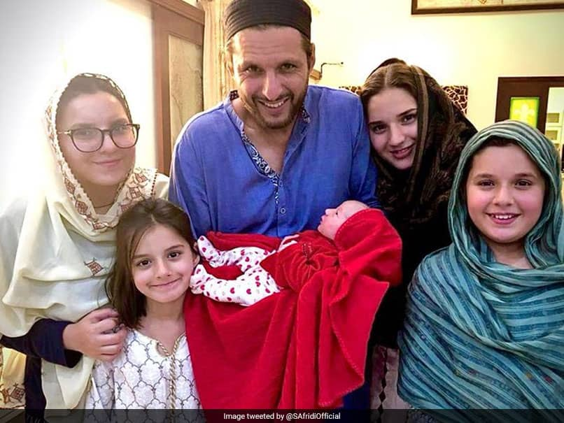 Shahid Afridi Becomes Father For Fifth Time, Posts Picture With Daughters